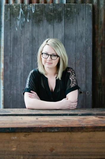 Hannah Kent Writer